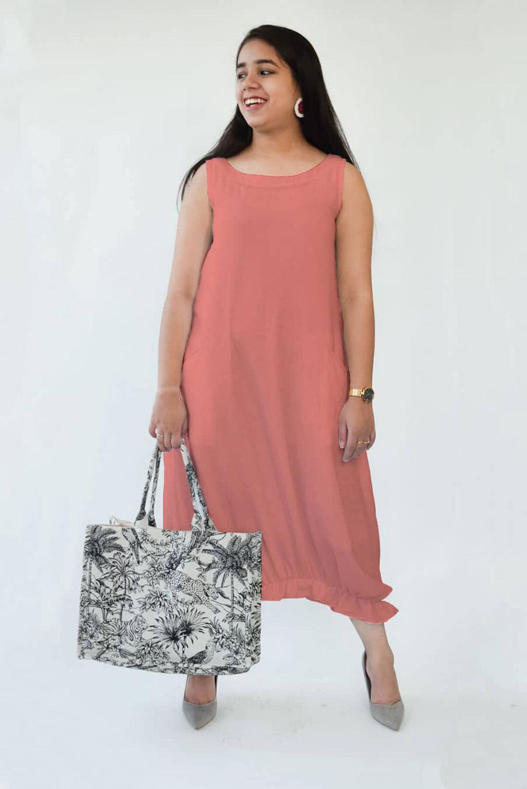 Dress – Ruffled hem